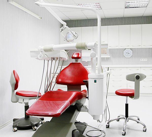stomatologija-Kieva-Stomatologija-doktora-Zaharenko-foto-1