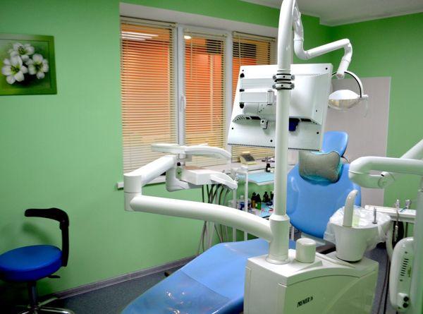stomatologija-Kieva-Posmіshka32-foto-2